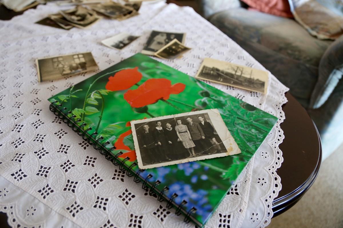 Das Notizbuch ihrer Oma: Für Lisa-Marie Eckardt ist es der Ausgangspunkt ihrer Reportagereise.