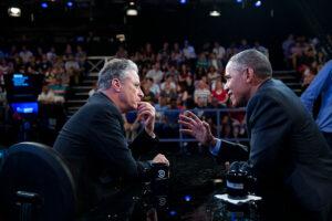 """US-Präsident Barack Obama spricht mit Satiriker Jon Stewart in der """"Daily Show"""""""