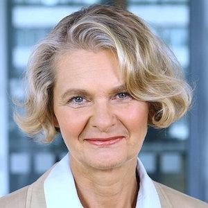 http://www.ndr.de/info/wir_ueber_uns/Claudia-Spiewak-Chefredakteurin,spiewak103.html