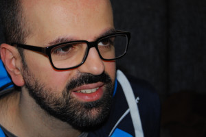 """Luca Caracciolo ist Redaktionsleiter des """"t3n""""-Magazins und hat gemeinsam mit """"t3n""""-Chefredakteur Jan Christe und Chefgrafiker Jan Heidemann das """"Neustart""""-Magazin konzipiert und produziert."""